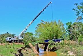 Prefeitura começa a montar a estrutura principal da ponte de Itapé